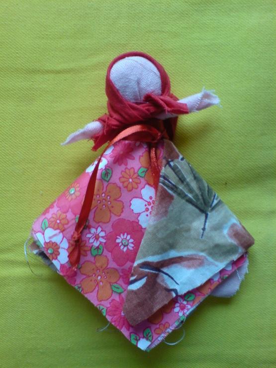 Сделать куклу из лоскутка своими руками