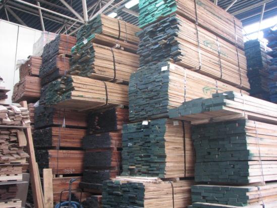 наш склад пиломатериалов из ценных пород древесины
