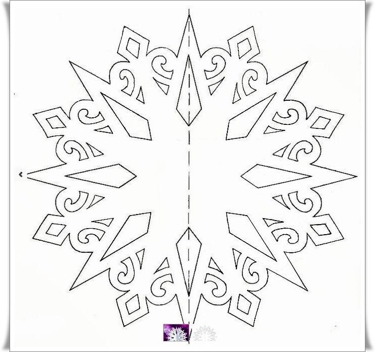 Объёмная снежинка из бумаги фото